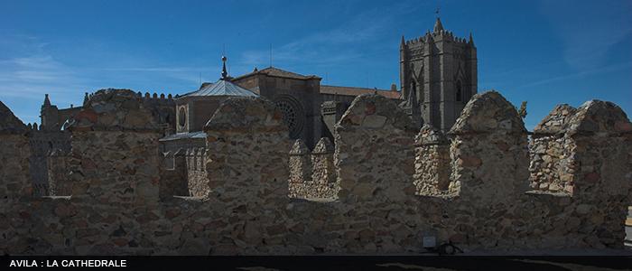 Avila - vue de la cathedrale 700x300