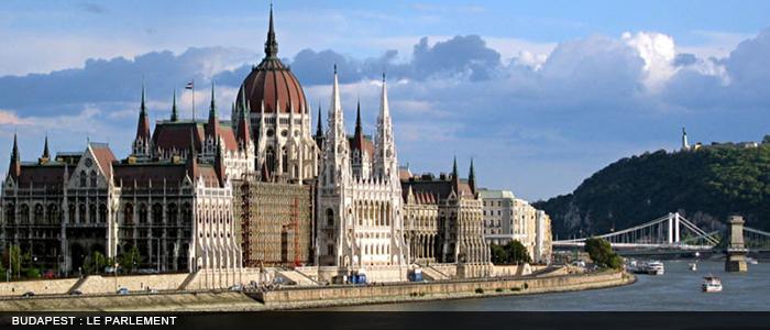 Budapest le parlement 700x300